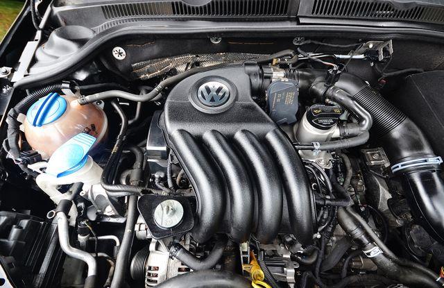 2015 Volkswagen Jetta 2.0L S *SALVAGE TITLE* Reseda, CA 29