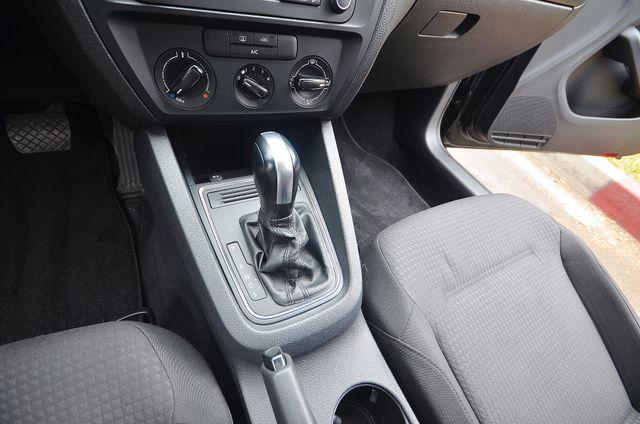 2015 Volkswagen Jetta 2.0L S *SALVAGE TITLE* Reseda, CA 36