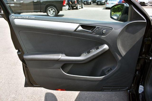 2015 Volkswagen Jetta 1.8T SE w/Connectivity Waterbury, Connecticut 21