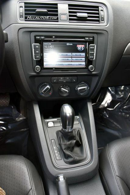 2015 Volkswagen Jetta 1.8T SE w/Connectivity Waterbury, Connecticut 24