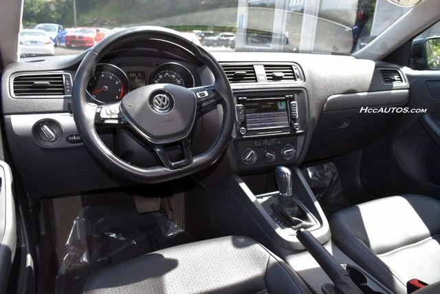 2015 Volkswagen Jetta 1.8T SE w/Connectivity Waterbury, Connecticut 13