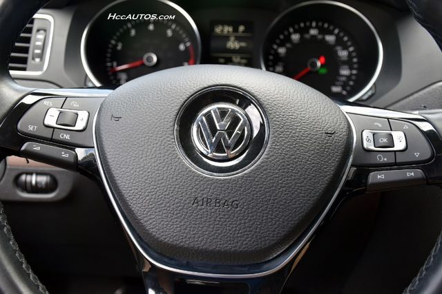 2015 Volkswagen Jetta 1.8T SE w/Connectivity Waterbury, Connecticut 22