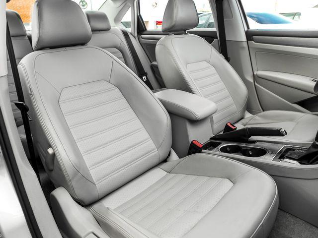 2015 Volkswagen Passat 1.8T SE w/Sunroof & Nav Burbank, CA 12
