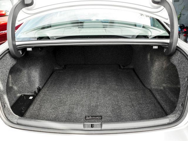 2015 Volkswagen Passat 1.8T SE w/Sunroof & Nav Burbank, CA 15