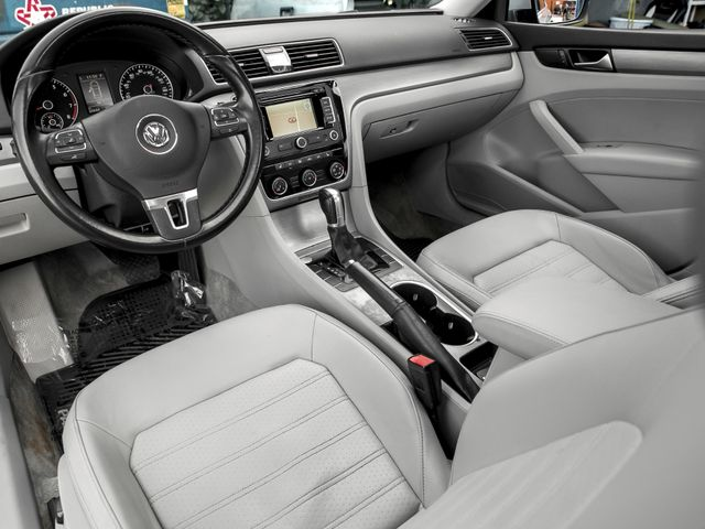 2015 Volkswagen Passat 1.8T SE w/Sunroof & Nav Burbank, CA 9