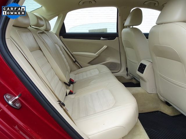2015 Volkswagen Passat 2.0L TDI SEL Premium Madison, NC 36