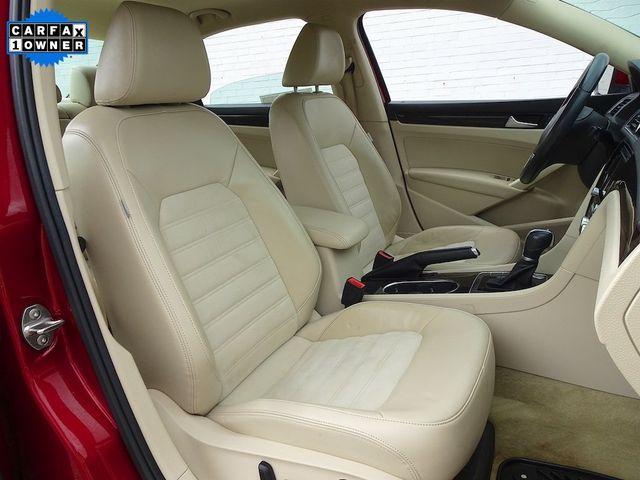 2015 Volkswagen Passat 2.0L TDI SEL Premium Madison, NC 43