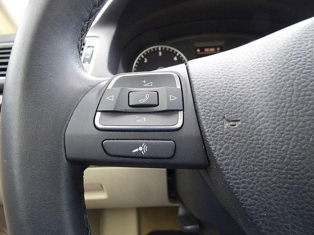 2015 Volkswagen Passat 2.0L TDI SEL Premium Madison, NC 13