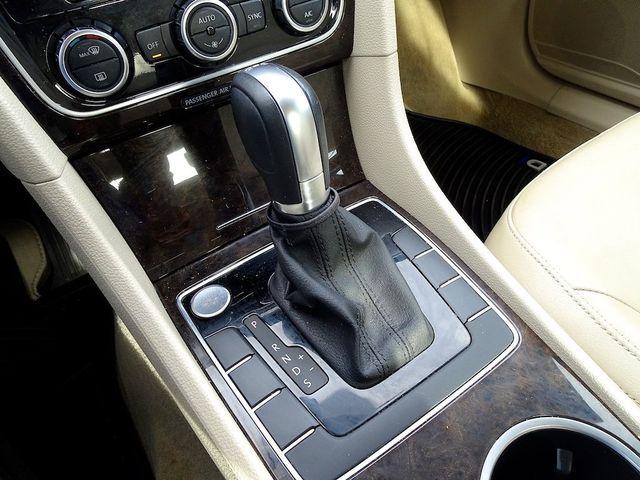 2015 Volkswagen Passat 2.0L TDI SEL Premium Madison, NC 21