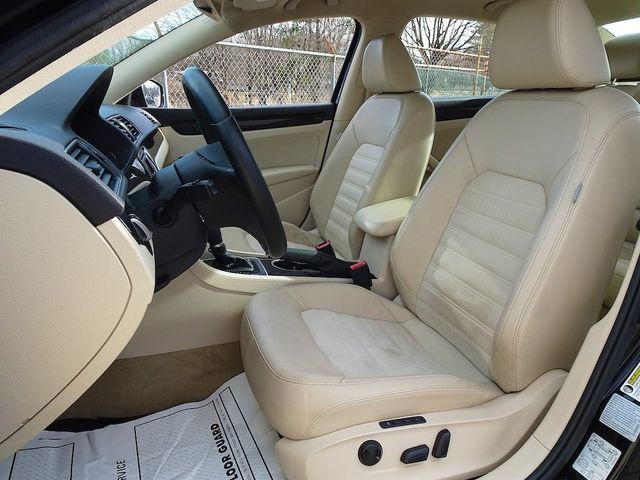 2015 Volkswagen Passat 2.0L TDI SEL Premium Madison, NC 25