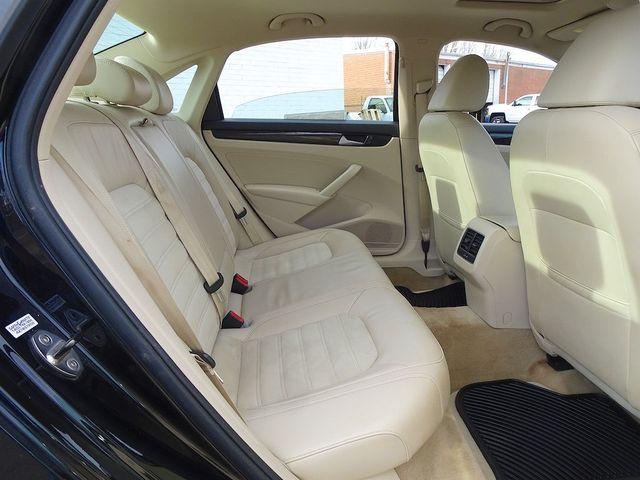 2015 Volkswagen Passat 2.0L TDI SEL Premium Madison, NC 31