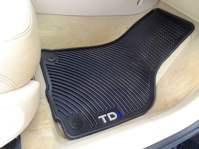2015 Volkswagen Passat 2.0L TDI SEL Premium Madison, NC 41