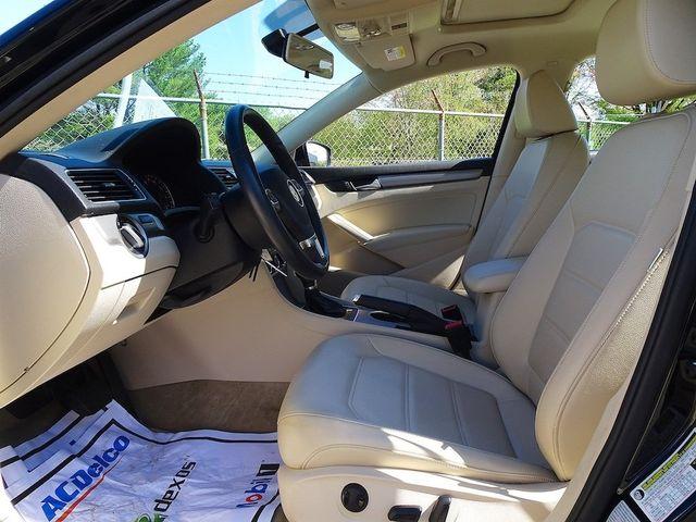 2015 Volkswagen Passat 2.0L TDI SE w/Sunroof Madison, NC 25