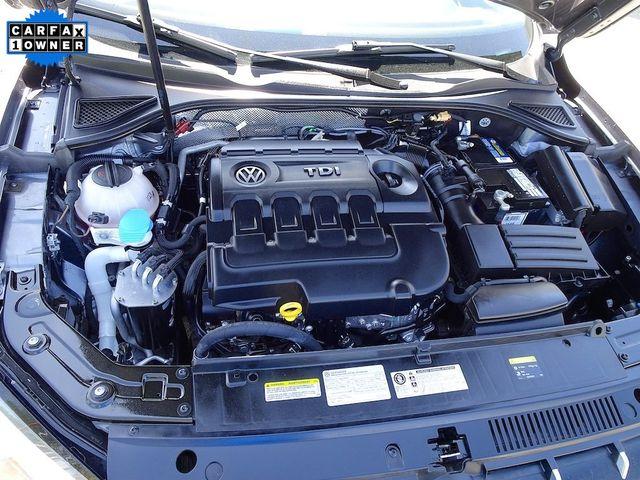 2015 Volkswagen Passat 2.0L TDI SE w/Sunroof Madison, NC 45