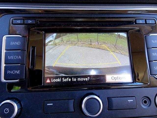 2015 Volkswagen Passat 2.0L TDI SE w/Sunroof & Nav Madison, NC 21