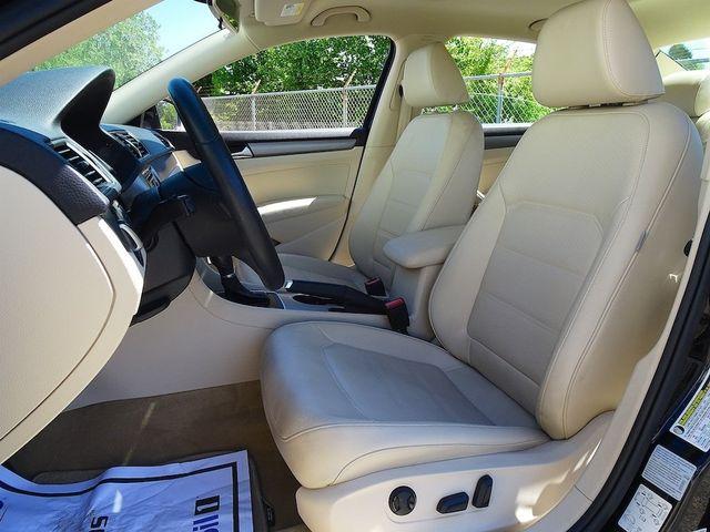 2015 Volkswagen Passat 2.0L TDI SE w/Sunroof & Nav Madison, NC 28