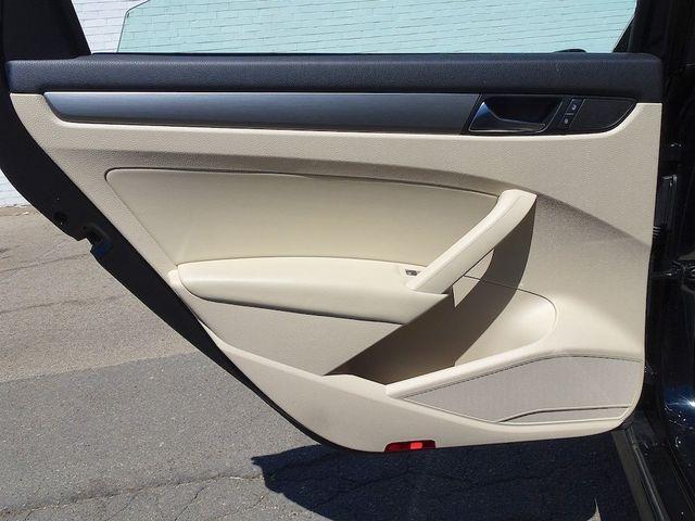 2015 Volkswagen Passat 2.0L TDI SE w/Sunroof & Nav Madison, NC 30