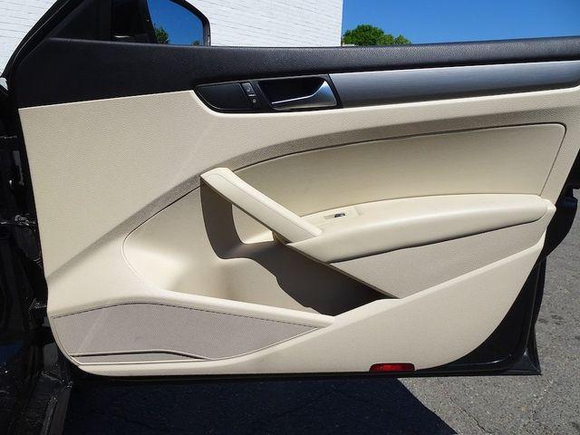 2015 Volkswagen Passat 2.0L TDI SE w/Sunroof & Nav Madison, NC 39