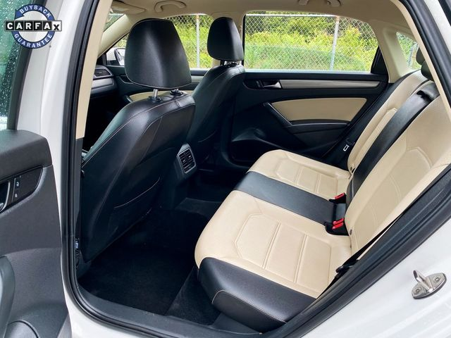 2015 Volkswagen Passat 2.0L TDI SE w/Sunroof Madison, NC 17