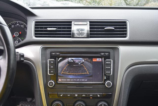 2015 Volkswagen Passat 1.8T Limited Edition Naugatuck, Connecticut 22