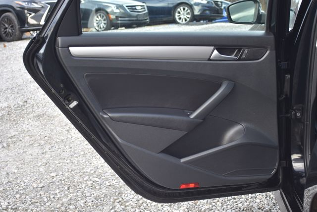 2015 Volkswagen Passat 1.8T Limited Edition Naugatuck, Connecticut 12