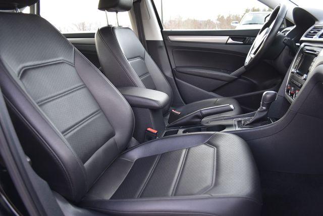 2015 Volkswagen Passat 1.8T Limited Edition Naugatuck, Connecticut 9