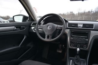 2015 Volkswagen Passat 1.8T S Naugatuck, Connecticut 10