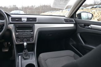 2015 Volkswagen Passat 1.8T S Naugatuck, Connecticut 12