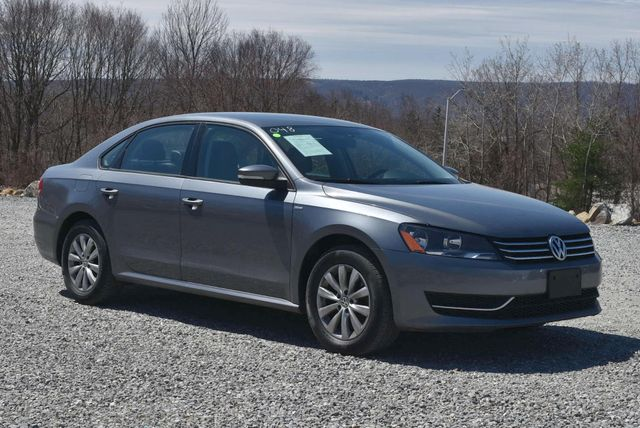 2015 Volkswagen Passat 1.8T Wolfsburg Ed Naugatuck, Connecticut 6