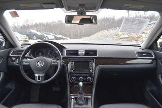 2015 Volkswagen Passat TDI SEL Premium Naugatuck, Connecticut 13