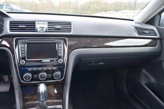2015 Volkswagen Passat 3.6L V6 SEL Premium Naugatuck, Connecticut 22