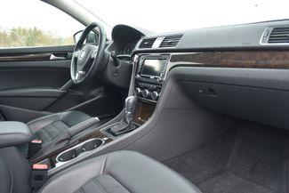 2015 Volkswagen Passat 3.6L V6 SEL Premium Naugatuck, Connecticut 9