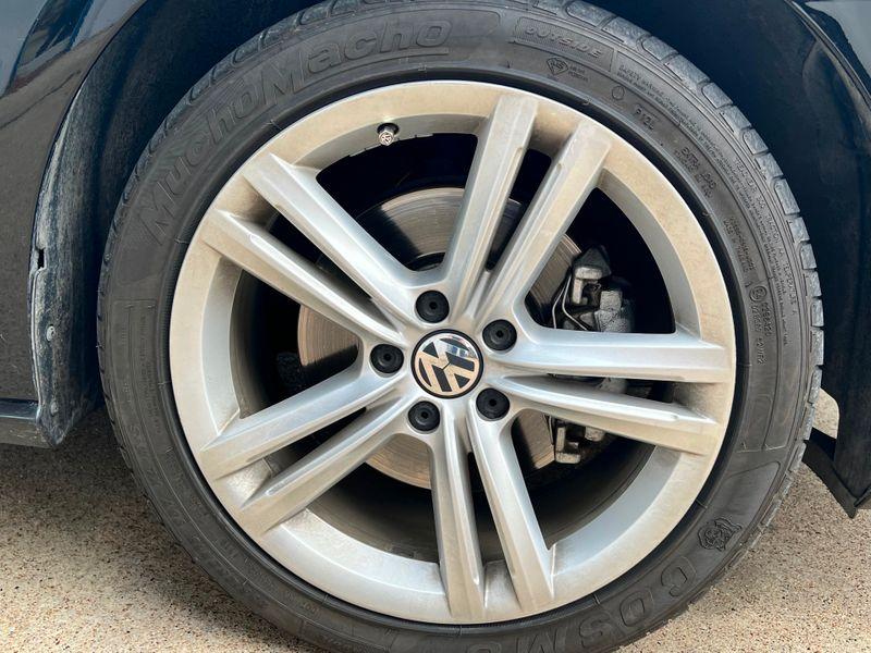 2015 Volkswagen Passat 2.0L TDI SEL Premium Navigation Heated Seats Nice! in Rowlett, Texas