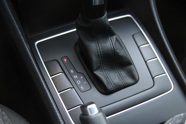 2015 Volkswagen Passat 1.8T S Santa Clarita, CA 20