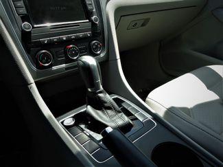 2015 Volkswagen Passat 1.8T Limited Edition SEFFNER, Florida 26