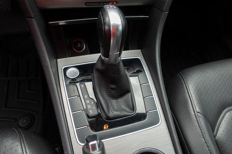 2015 Volkswagen Passat 20L TDI SE wSunroof 38 Nav   Texas  EURO 2 MOTORS  in , Texas