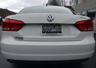 2015 Volkswagen Passat 2.0L TDI SE w/Sunroof Waterbury, Connecticut 6