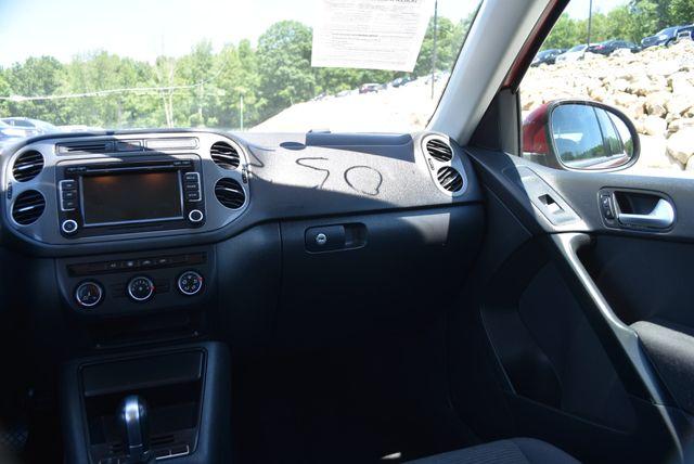 2015 Volkswagen Tiguan S Naugatuck, Connecticut 19