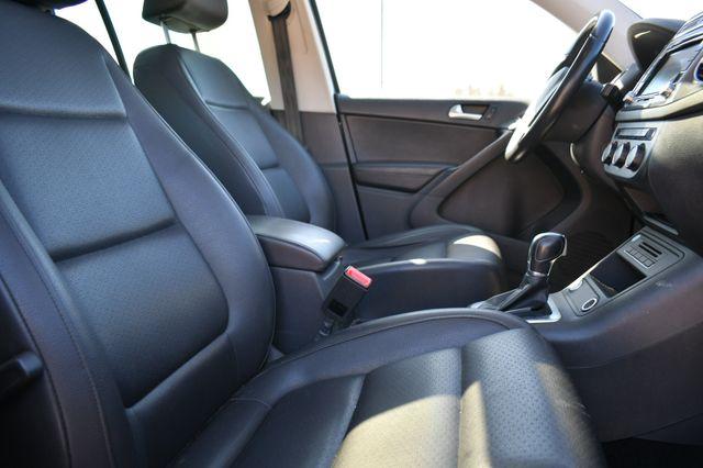 2015 Volkswagen Tiguan SE Naugatuck, Connecticut 10