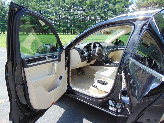 2015 Volkswagen Touareg Executive Leesburg, Virginia 11
