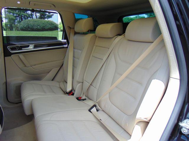 2015 Volkswagen Touareg Executive Leesburg, Virginia 14