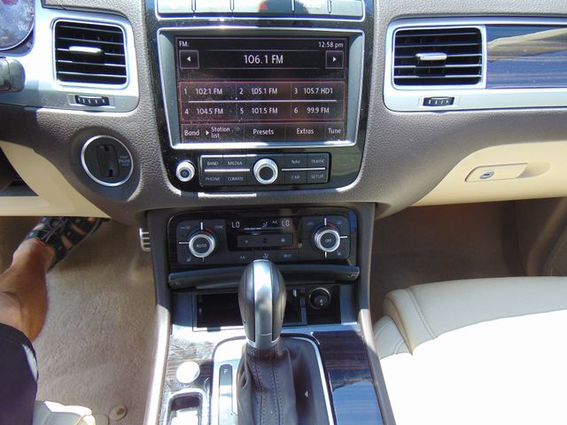 2015 Volkswagen Touareg Executive Leesburg, Virginia 29
