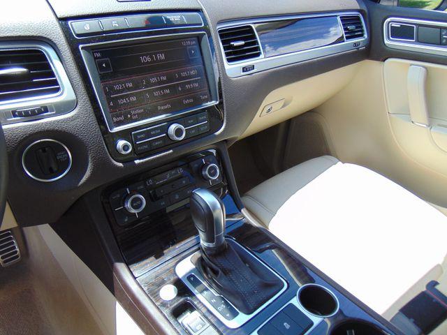 2015 Volkswagen Touareg Executive Leesburg, Virginia 33