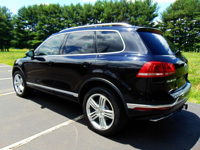 2015 Volkswagen Touareg Executive Leesburg, Virginia 2