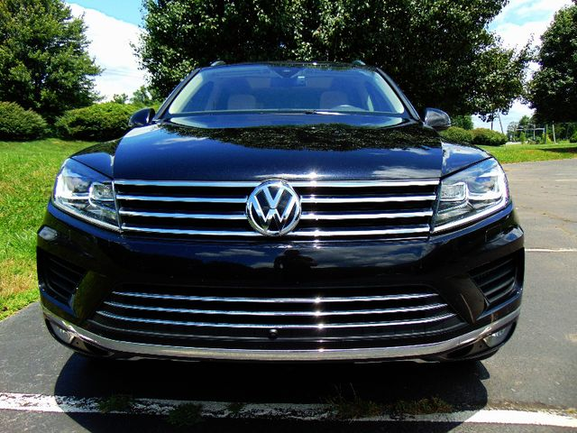 2015 Volkswagen Touareg Executive Leesburg, Virginia 5