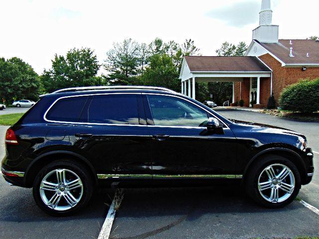 2015 Volkswagen Touareg Executive Leesburg, Virginia 3