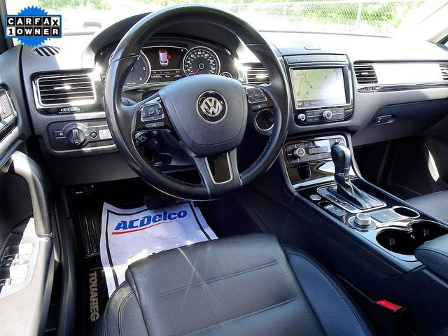 2015 Volkswagen Touareg Sport w/Technology Madison, NC 41