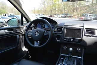 2015 Volkswagen Touareg Sport Naugatuck, Connecticut 13