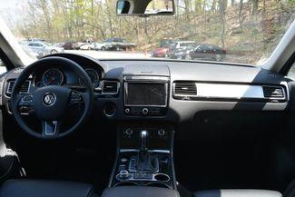 2015 Volkswagen Touareg Sport Naugatuck, Connecticut 14