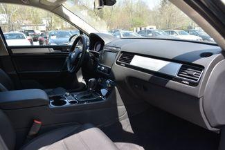2015 Volkswagen Touareg Sport Naugatuck, Connecticut 8